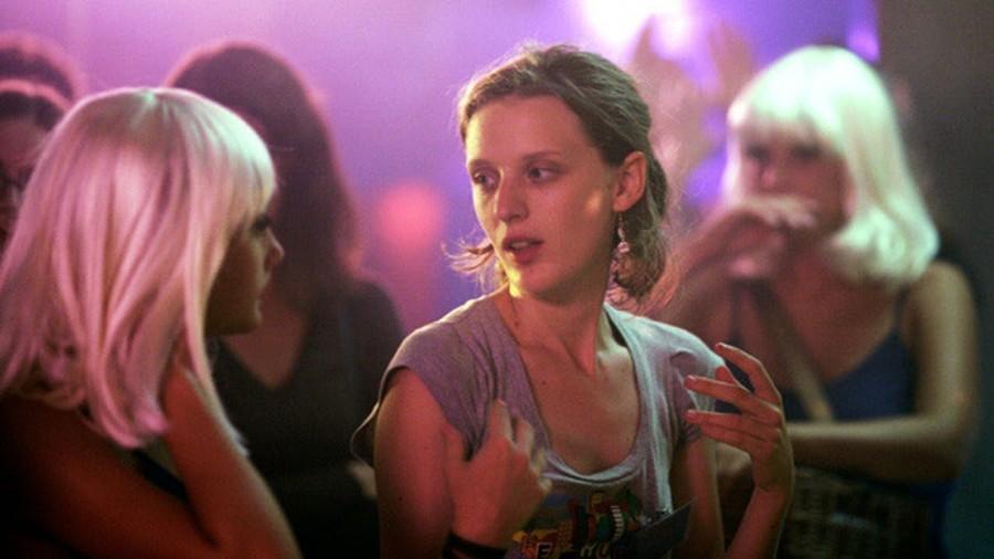 """De New York à Paris : retour sur le tournage d'""""Eden"""" de Mia Hansen-Løve thumbnail"""