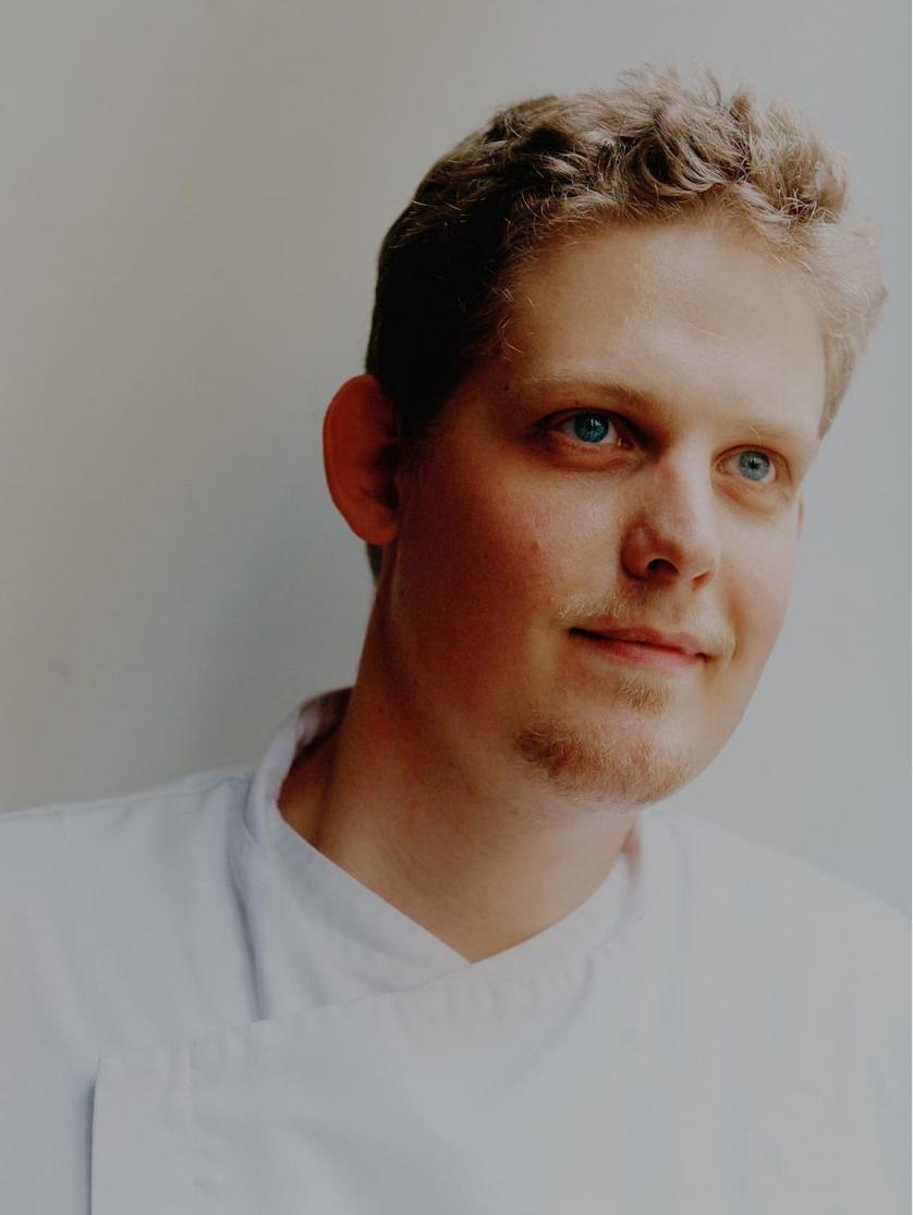 """Sylvain Parisot : """"Cuisiner est pour moi un moyen de transmettre du bonheur, de l'amour et de la joie"""" thumbnail"""